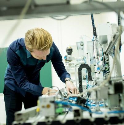 initiation à la pratique des essais mécaniques